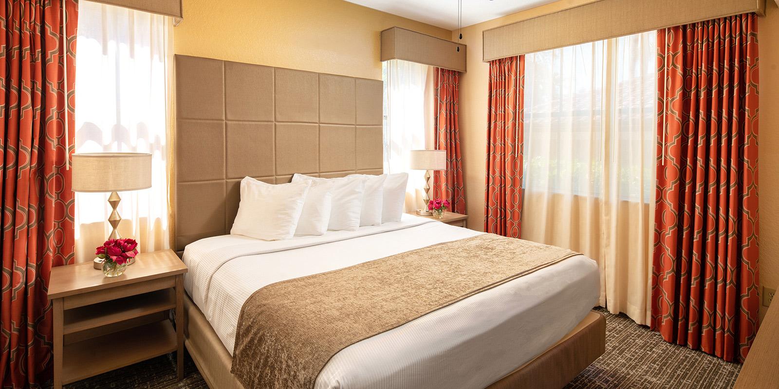 Three Bedroom Apartment Style Suites in Orlando, FL | Floridays ...